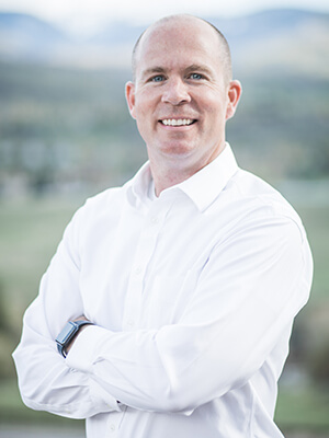 Dr. Thad Twiss who is a dentist in Edwards, CO